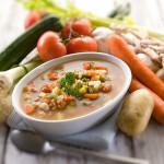 Zeleninová polévka ze zahrádky
